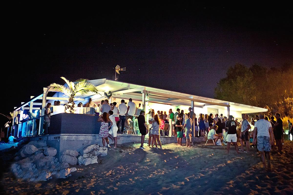 Beach Party Punta Faro, in der Nähe des Leuchtturms von Lignano
