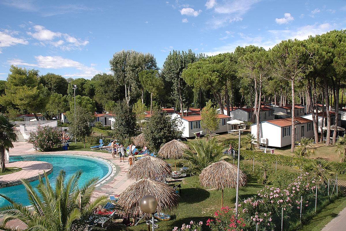 Camping Village Pino Mare in Lignano Riviera